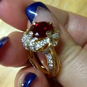 🎄🎁1DAY SALE EXQUISITE RUBY & WHITE SAPPHIRE RING